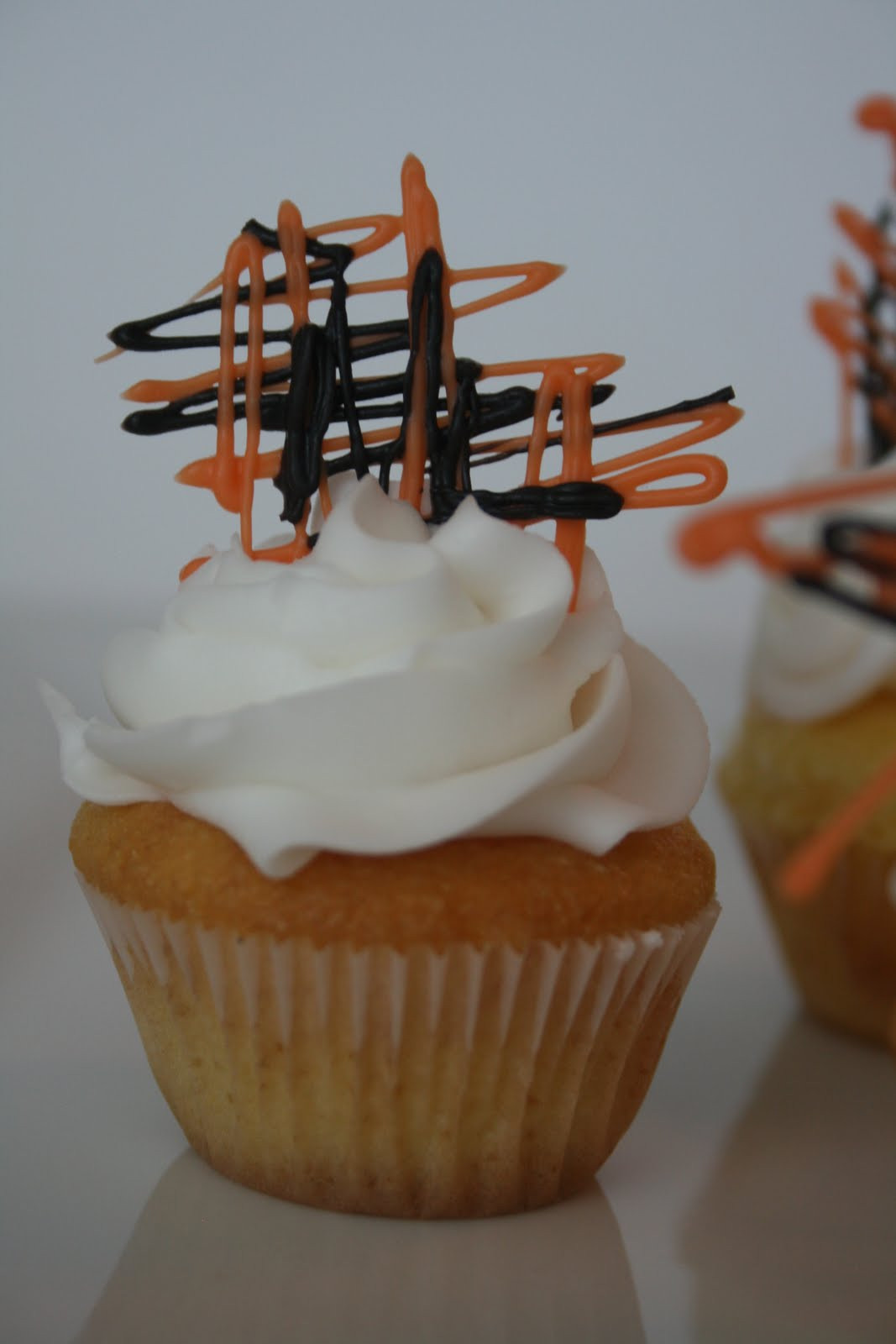 Easy Halloween Cupcakes  And Everything Sweet Easy Halloween cupcake