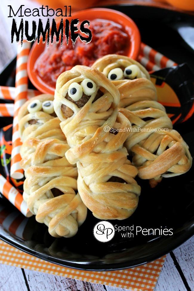 Easy Halloween Dinners  Spooktacular Halloween Dinner Ideas