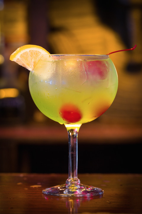 Easy Halloween Drinks Alcohol  15 Best Halloween Cocktails Easy Drink Recipes For
