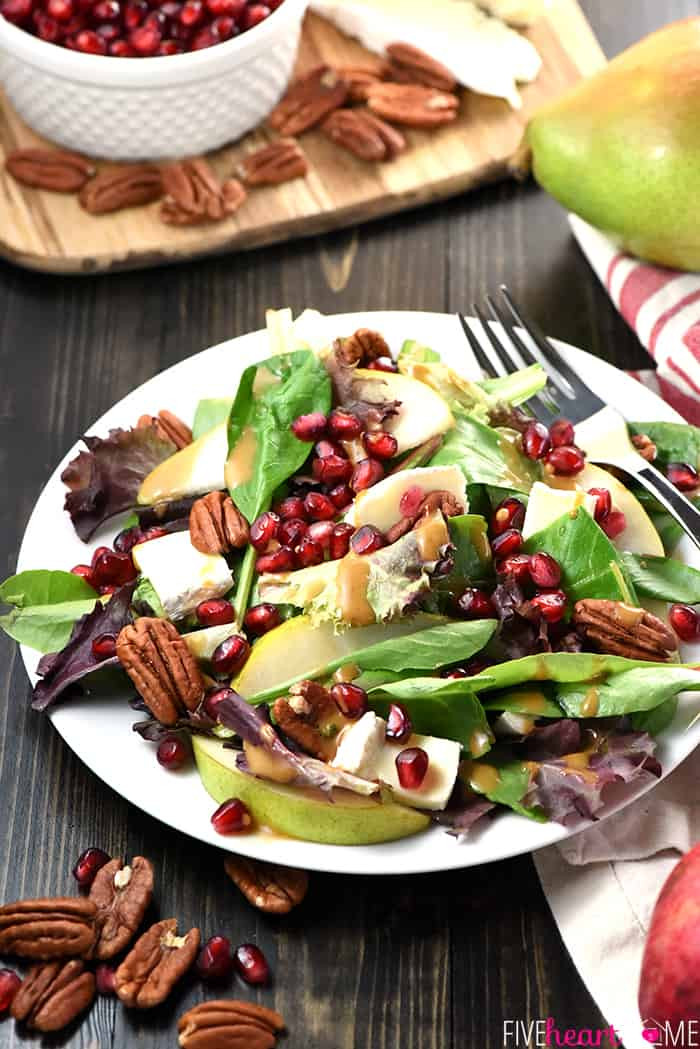 Easy Thanksgiving Salads  Thanksgiving Salad with Pomegranate Pears Pecans