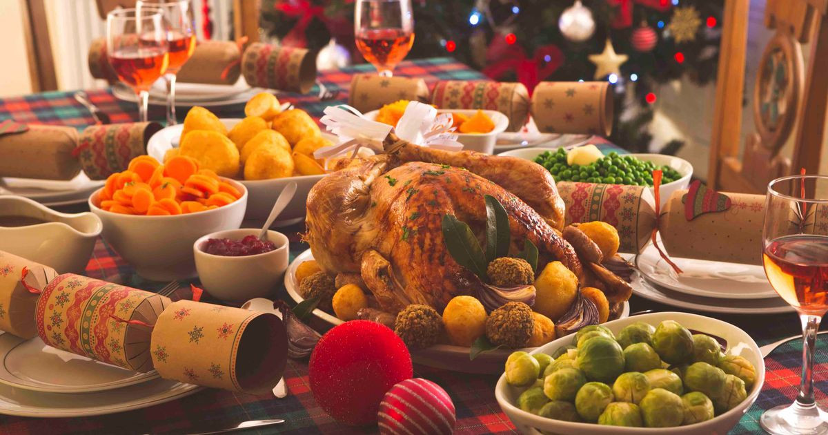 English Christmas Dinner  Wetherspoons to axe traditional Christmas dinners just