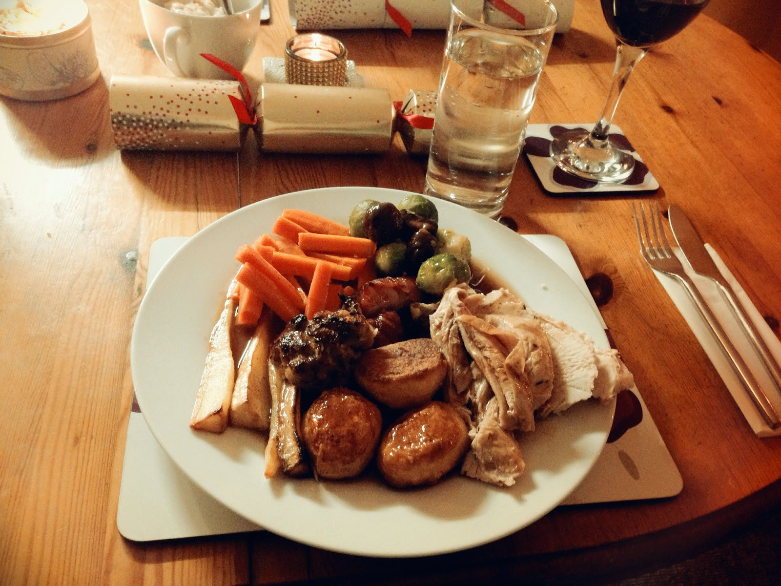 English Christmas Dinner  Julie Pennell A Traditional Christmas Dinner England