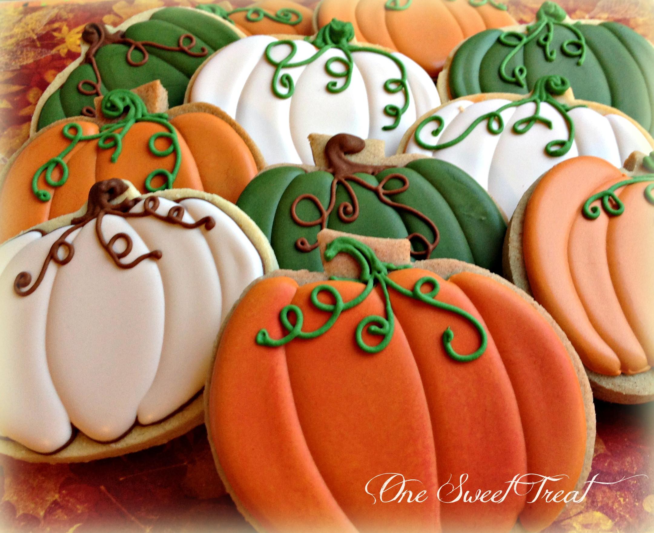Fall Sugar Cookies  e Sweet Treat Fall Cookies 2014