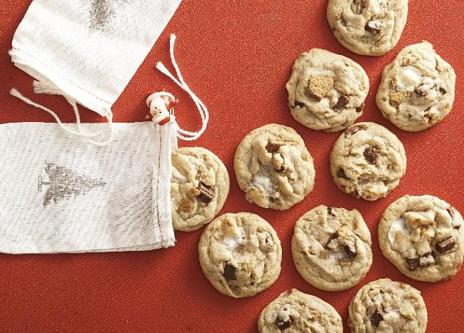 Famous Christmas Cookies  Our Top 20 Most Cherished Holiday Cookies