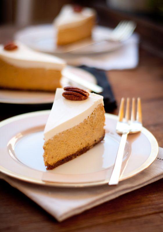 Fancy Thanksgiving Desserts  bourbon pumpkin cheesecake