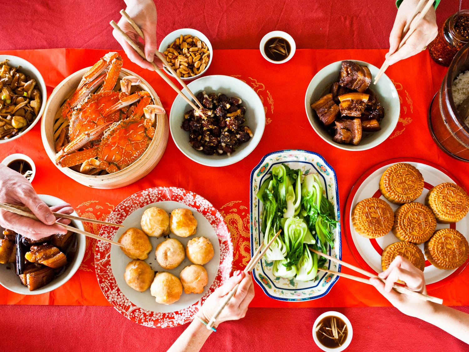 Festival Foods Thanksgiving Dinners  Chinese Mid Autumn Festival Moon cake Traditions and Legends