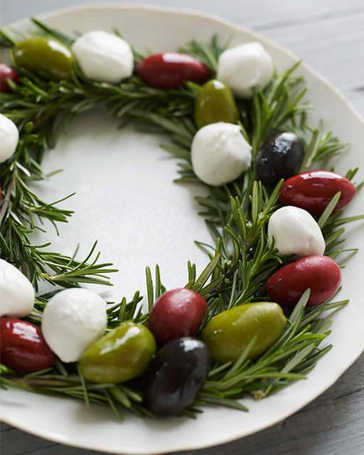 Festive Christmas Appetizers  5 Festive Holiday Appetizers & Spreads