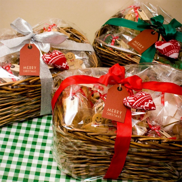 Food Christmas Gifts  Christmas basket ideas – the perfect t for family and