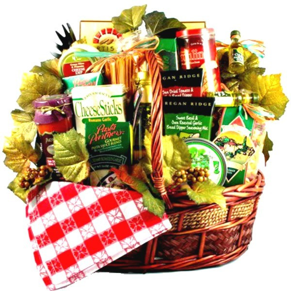 Food Gifts For Christmas To Be Delivered  Italian Style Family Christmas Basket