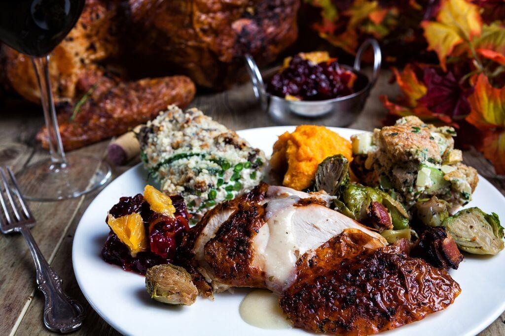 Fred Meyer Thanksgiving Dinner  Best Broward Restaurants Serving Thanksgiving Dinner 2015