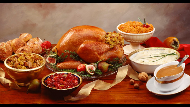 Giant Thanksgiving Turkey Dinner  Christmas Celebration in Ibiza Inviting guests for Dinner