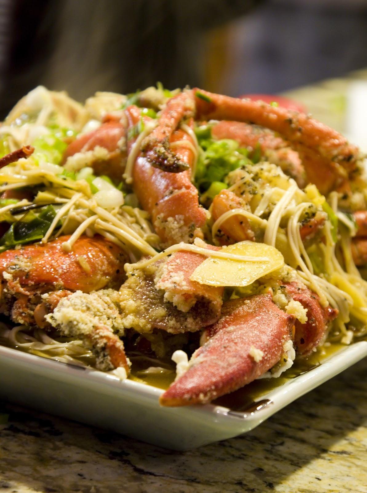 "Giant Thanksgiving Turkey Dinner  Food Makes Me Happy Happy Thanksgiving Dinner""S"" Asian"