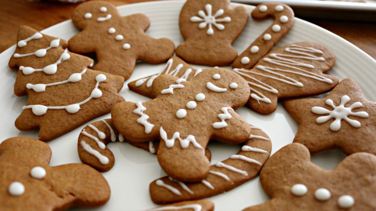 Gingerbread Christmas Cookies  Christmas Gingerbread Men Cookies