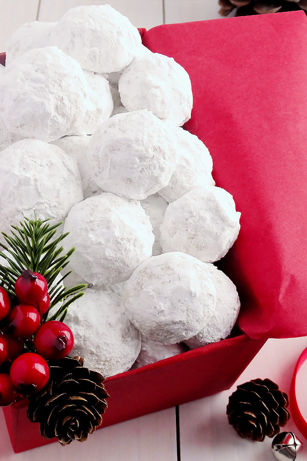 Good Christmas Cookies  Snowball Christmas Cookies best ever Wicked Good Kitchen