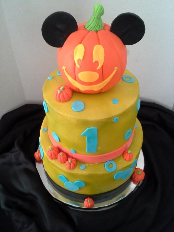 Halloween 1St Birthday Cake  Made this for Luca s 1st birthday party Mickeys