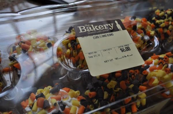 Halloween Cakes At Walmart  My Secret Shortcuts for Baking & Serving Halloween Treats
