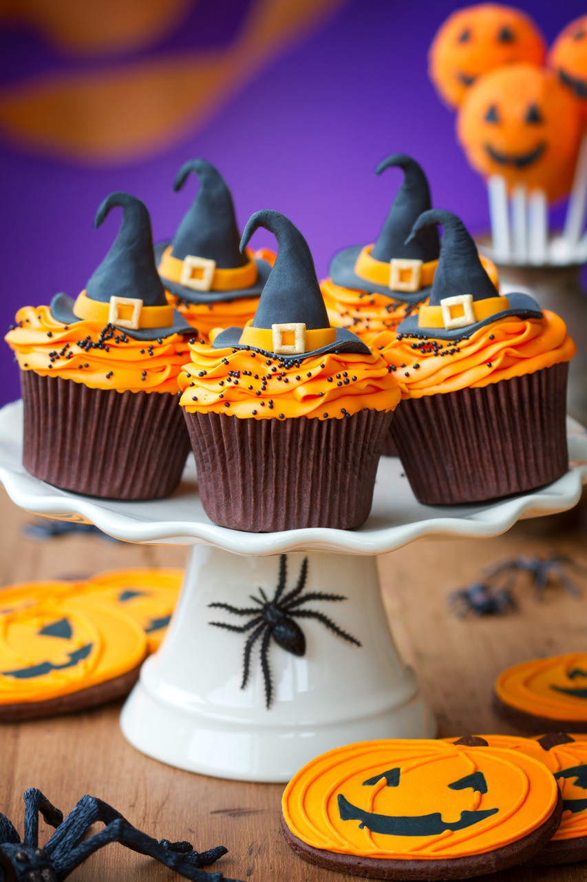 Halloween Cakes Decorations Ideas  Halloween Cupcake Ideas