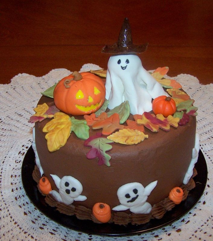 Halloween Cakes Decorations Ideas  July 2011 Cake Idea Red Velvet Wedding