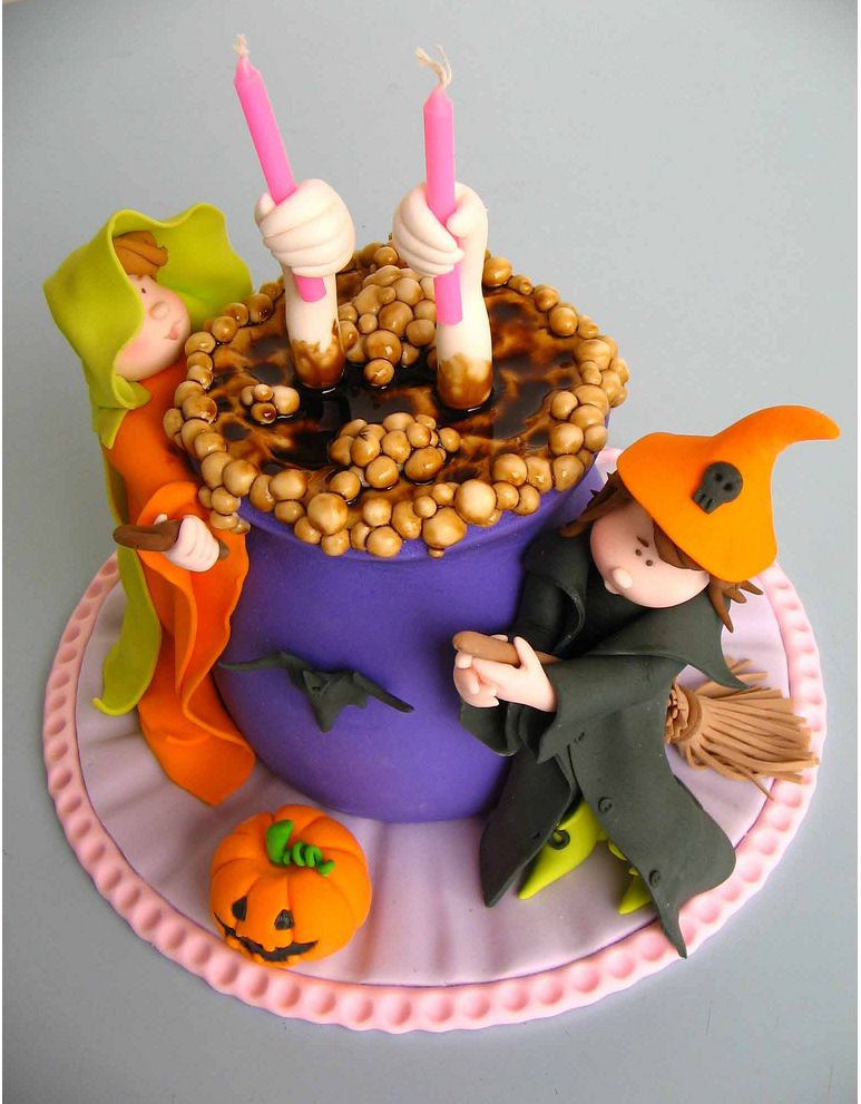 Halloween Cakes Decorations Ideas  Most Halloween Cake Ideas