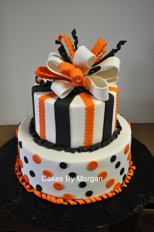 Halloween Cakes Images  Morgan s Cakes Fondant Halloween Cake