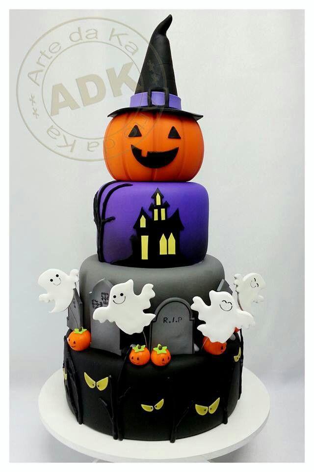 Halloween Cakes Images  Halloween cake Halloween treats Pinterest