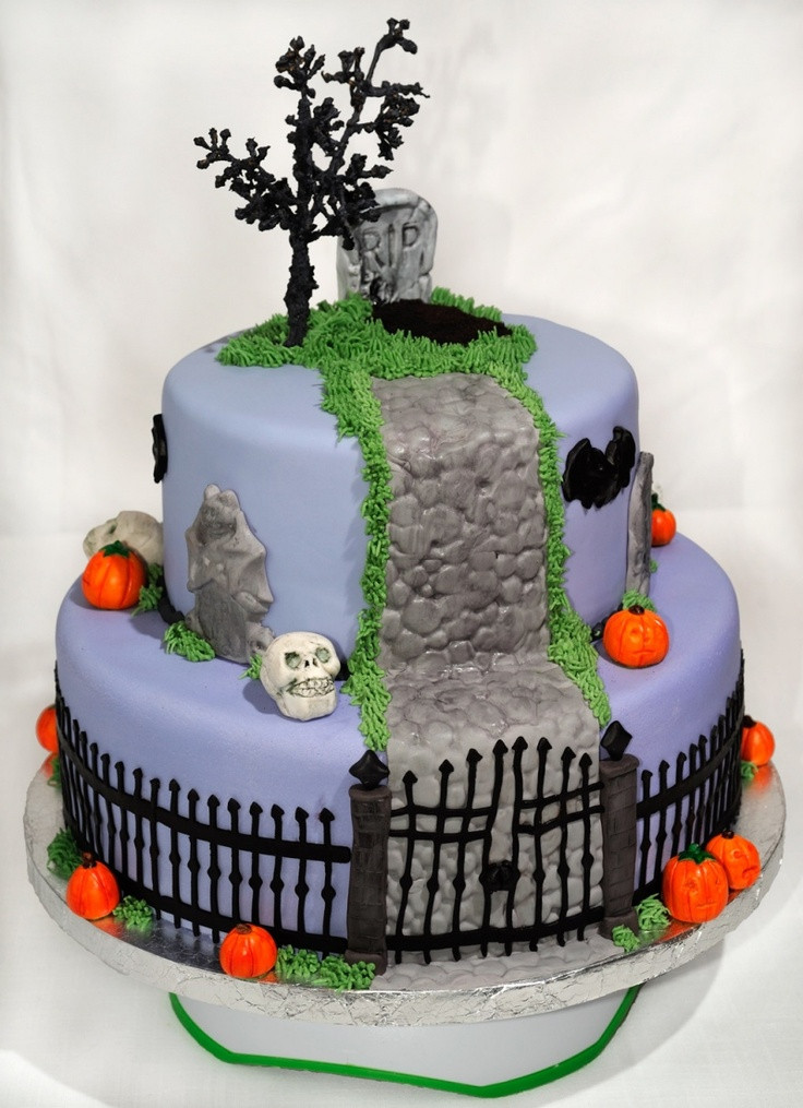 Halloween Cakes Recipes With Pictures  17 best images about Nightmare Before Christmas on Pinterest
