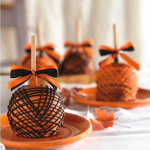 Halloween Caramel Apples Ideas  1000 ideas about Chocolate Apples on Pinterest