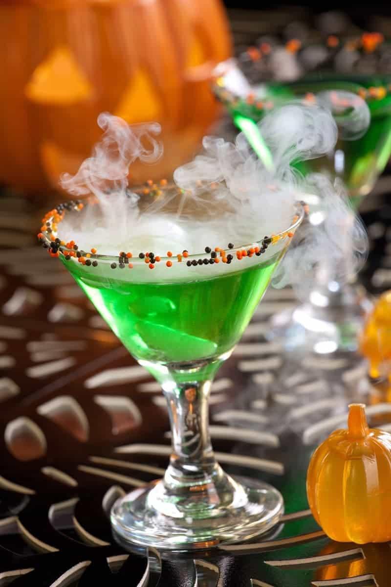Halloween Cocktail Drinks  Spooktacular Halloween Cocktails 730 Sage Street
