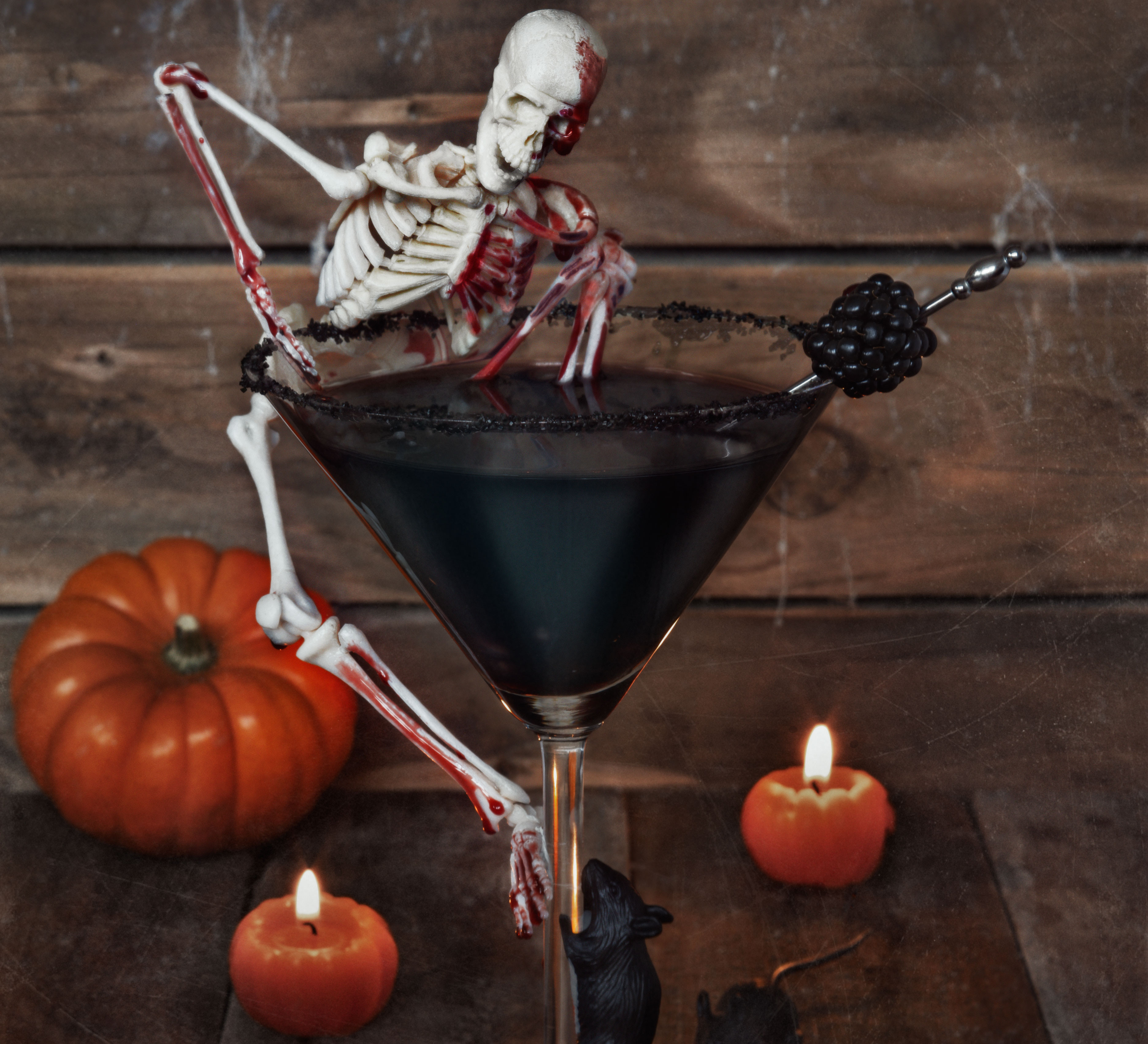 Halloween Cocktail Drinks  Haunting Halloween cocktail
