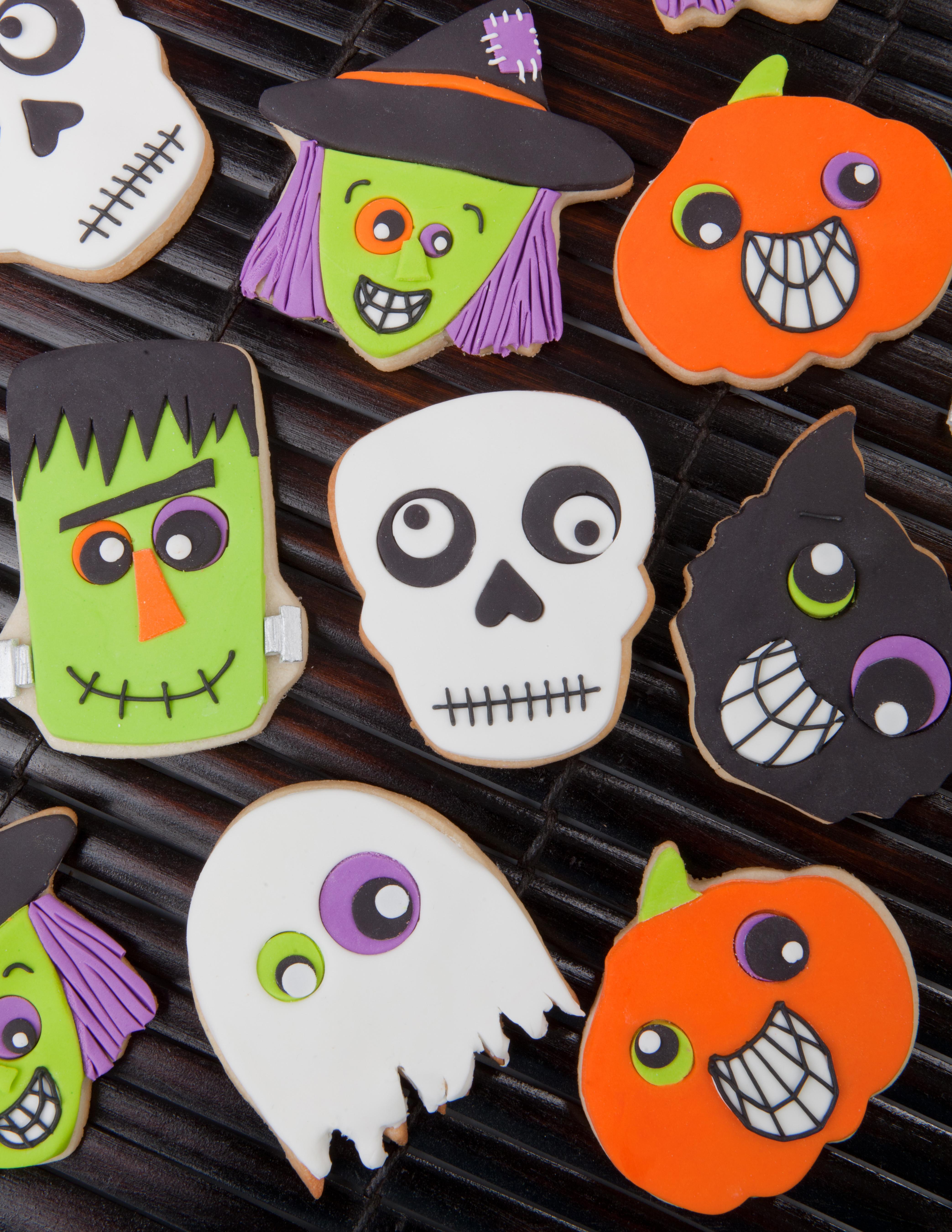 Halloween Cookies Decorating  Halloween