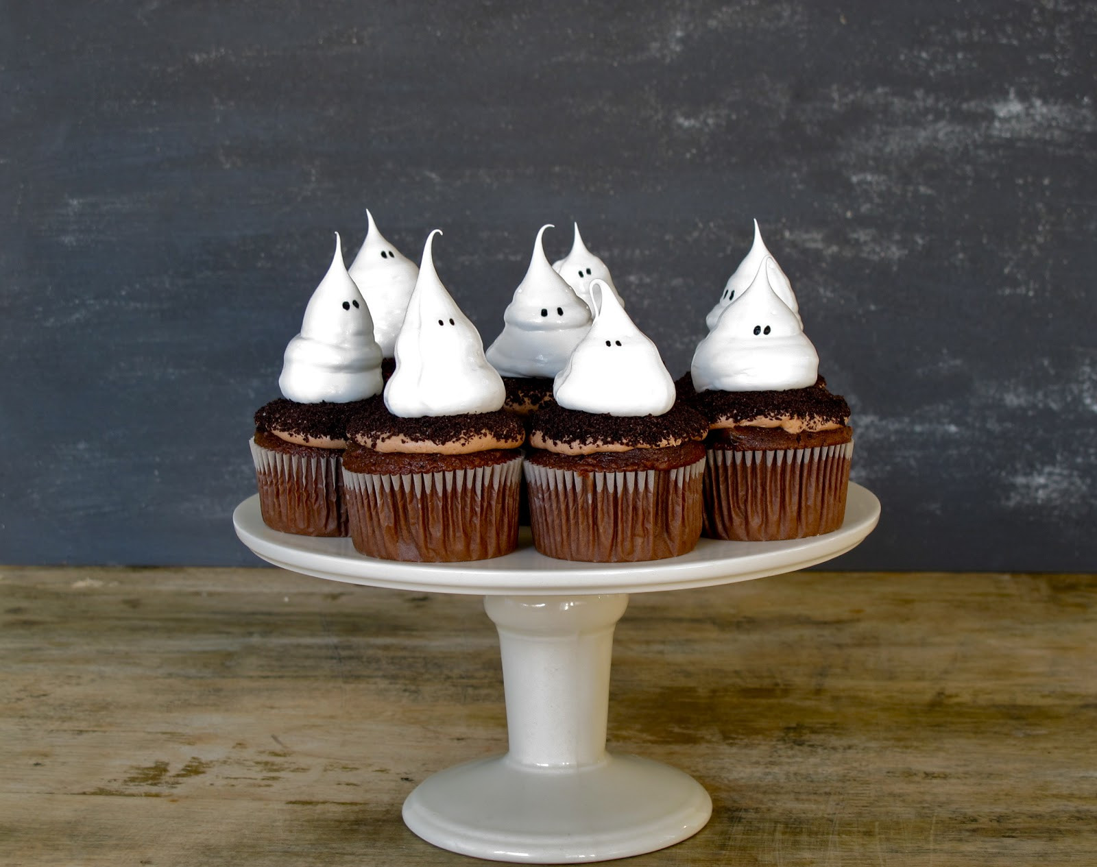 Halloween Cup Cakes  Jenny Steffens Hobick Halloween Cupcakes
