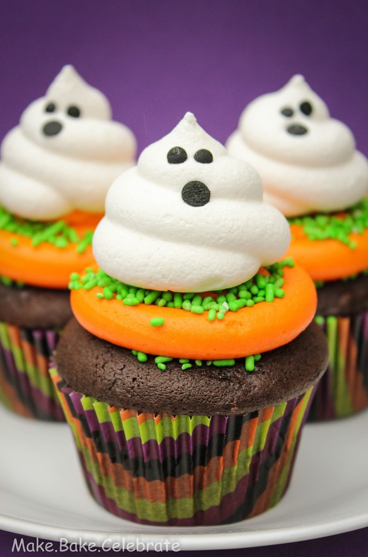 Halloween Cupcake Cakes  Best 25 Ghost cupcakes ideas on Pinterest