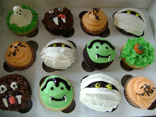 Halloween Cupcakes Decorations  Brown Bear Bakery Fort Mill SC