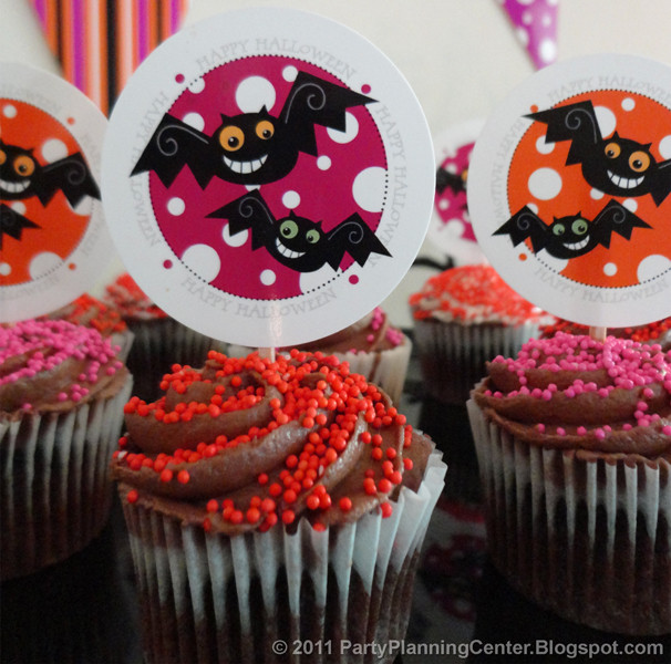 Halloween Cupcakes Toppers  Party Planning Center Free Printable Halloween Cupcake