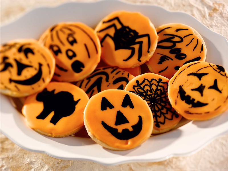 Halloween Cut Out Cookies  Halloween Fun in the Kitchen Clarksville TN line