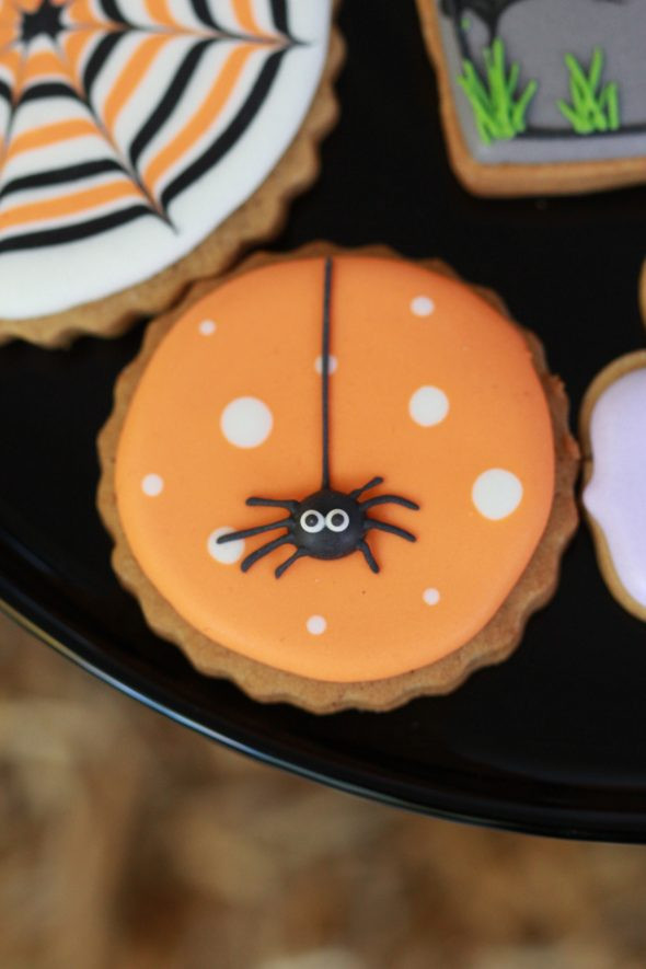 Halloween Decorated Cookies  Halloween Porch Decor & Pier 1 Gift Card Giveaway