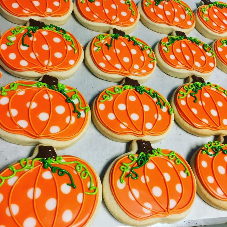 Halloween Decorated Cookies  Best 10 Royal Icing Cookies ideas on Pinterest