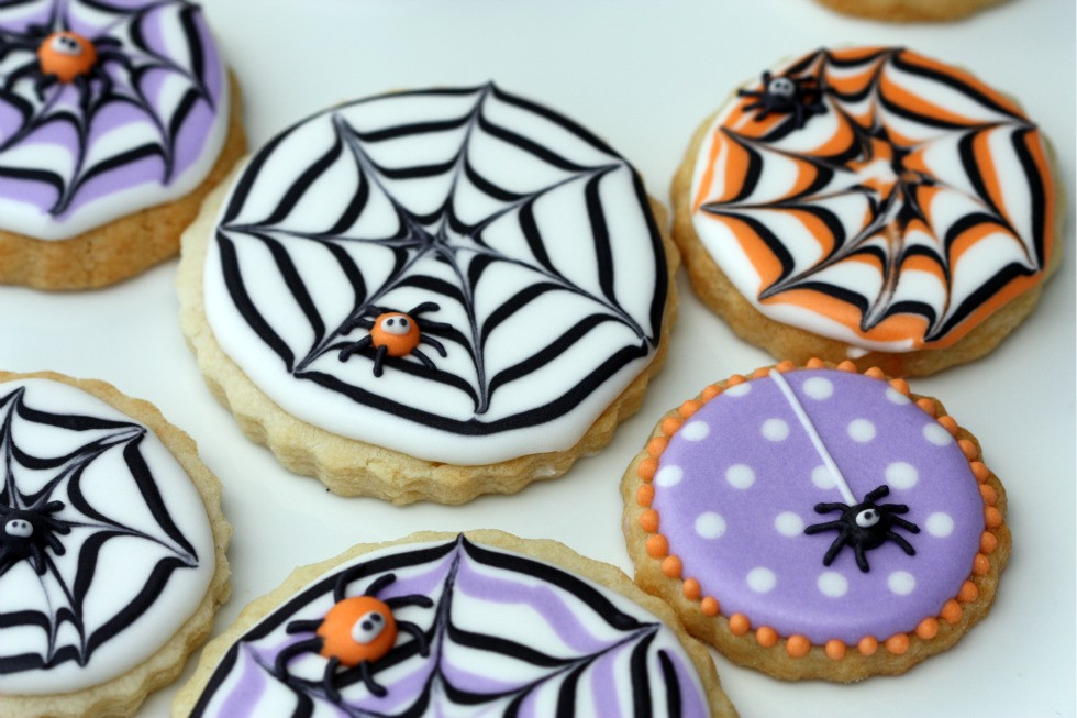 Halloween Decorated Cookies  How to Make A Spider Web Decorated Cookie