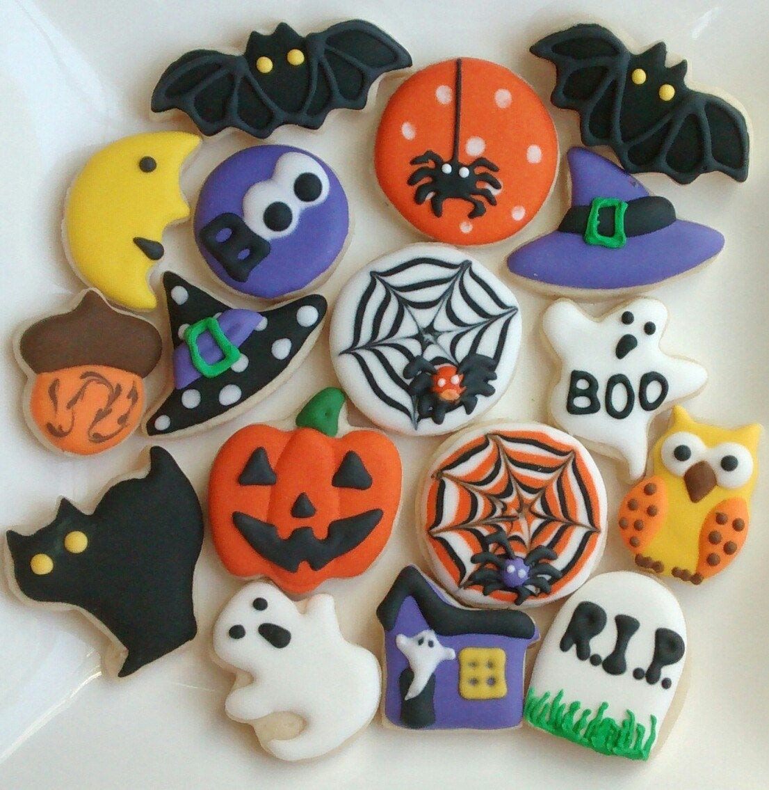 Halloween Decorated Cookies  Halloween sugar cookies mini or large decorated with royal