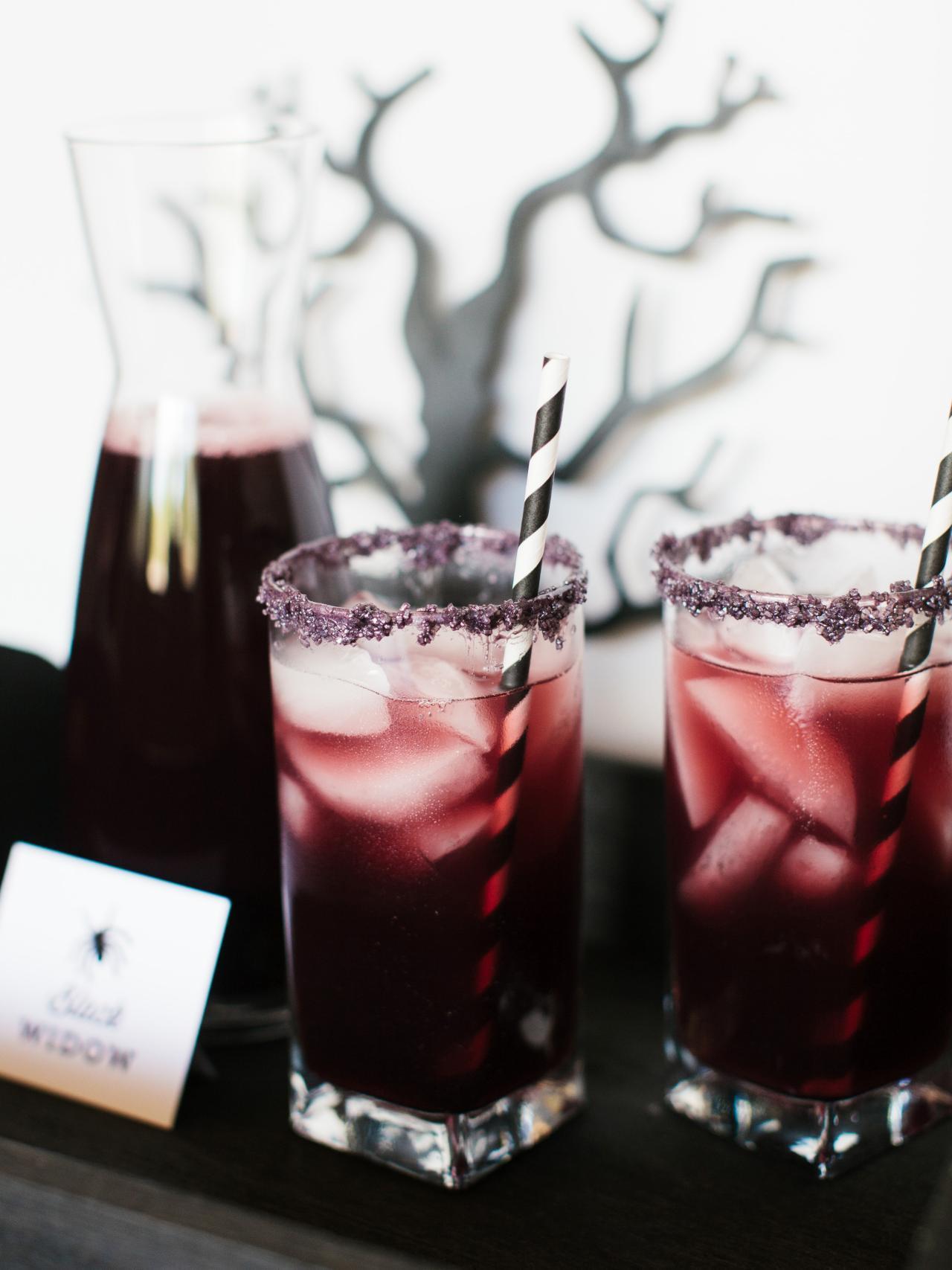 Halloween Drinks Recipes  Pinterest Picks 8 Eerie Halloween Cocktails