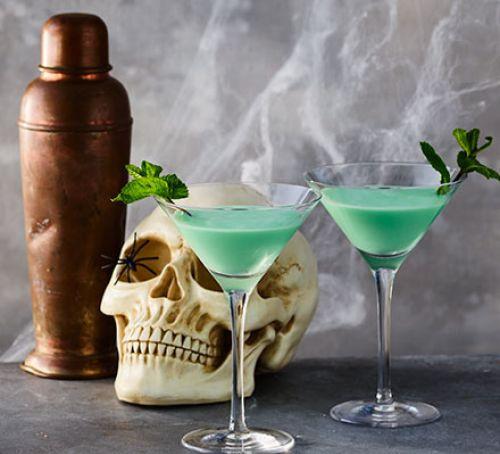 Halloween Drinks Recipes  Halloween drinks recipes