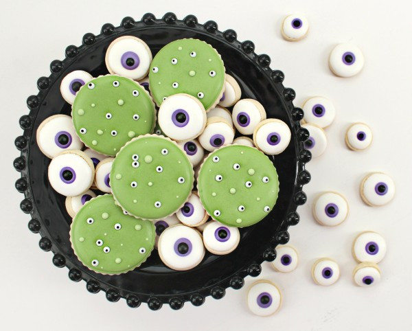 Halloween Eyeball Cookies  Twenty Cookie Ideas for Halloween and Fall – The Sweet
