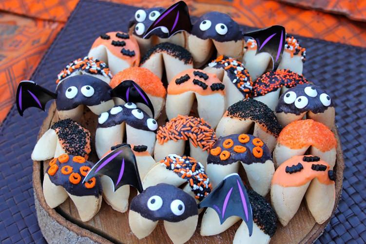Halloween Fortune Cookies  Raspberry Nutella Wontons KatieChin
