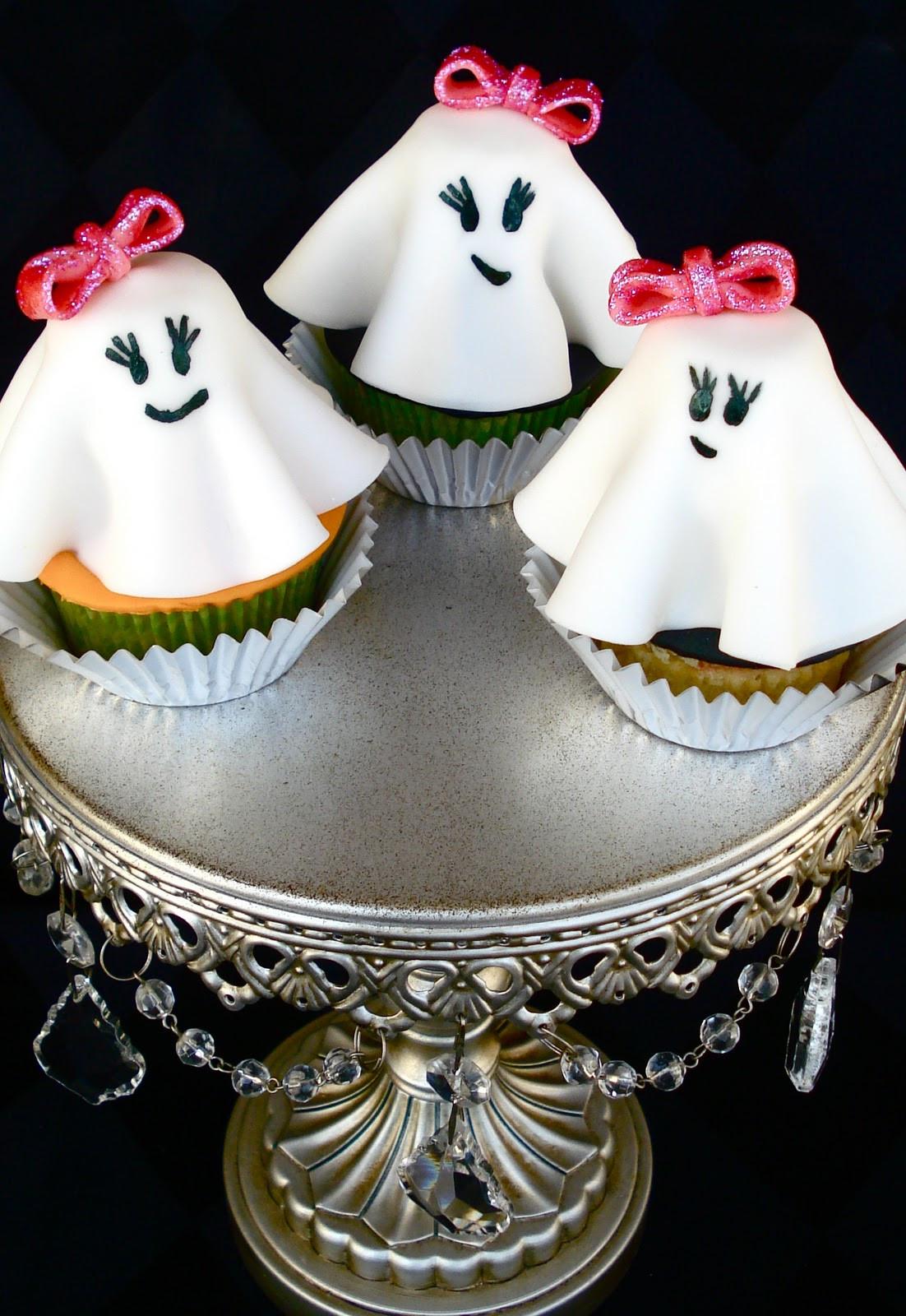 Halloween Ghost Cupcakes  Butrcreamblondi Ghost Cupcakes