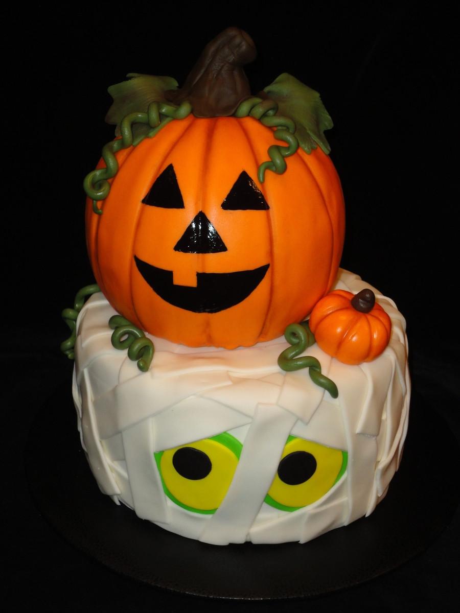 Halloween Pumkin Cakes  Halloween Cake CakeCentral
