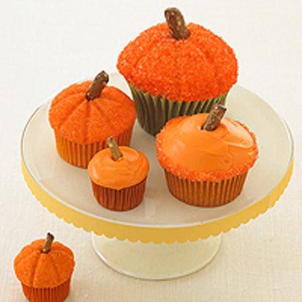 Halloween Pumpkin Cupcakes  Recipes Halloween Desserts