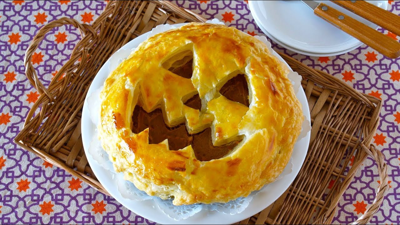 Halloween Pumpkin Pie  How to Make Halloween Jack o Lantern Pumpkin Pie Recipe