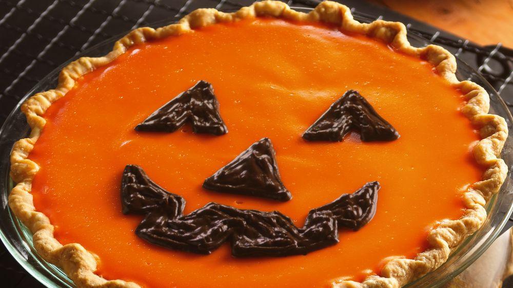 Halloween Pumpkin Pie  Jack o Lantern Orange Pumpkin Pie recipe from Pillsbury