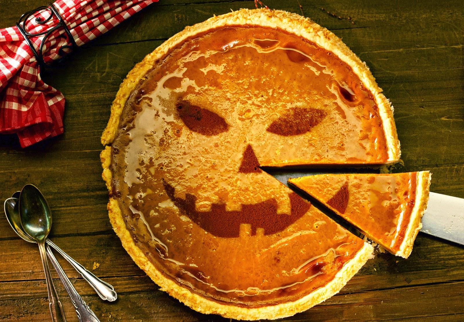 Halloween Pumpkin Pie  Intelliblog FOOD FRIDAY HALLOWEEN PUMPKIN PIE