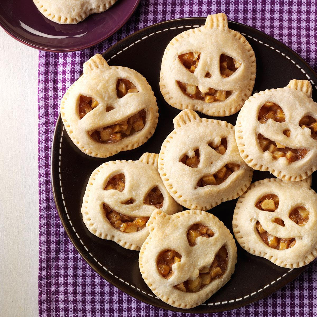 Halloween Pumpkin Pie  Mini Maple Pumpkin Pies Recipe